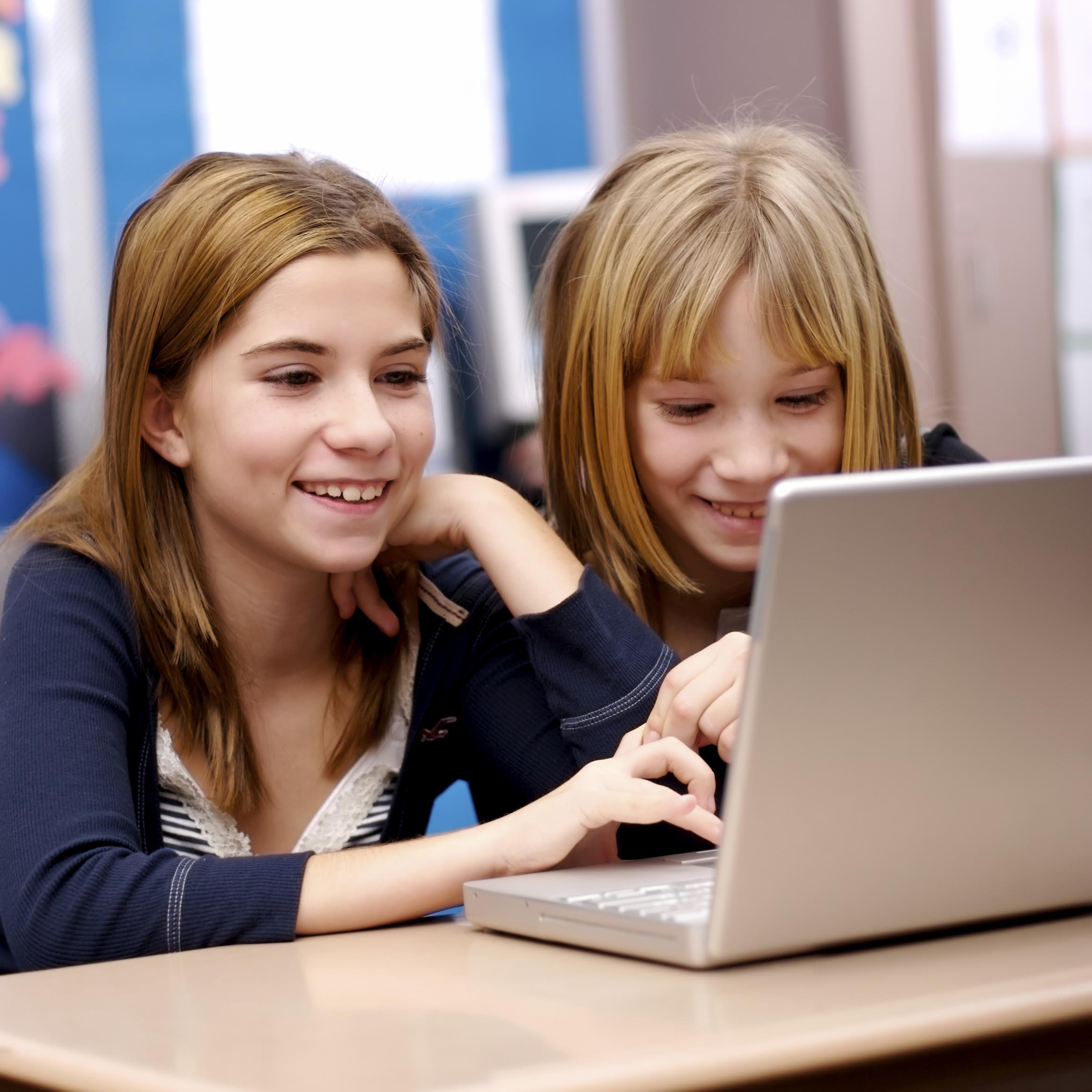 знакомства в интернете для подростков
